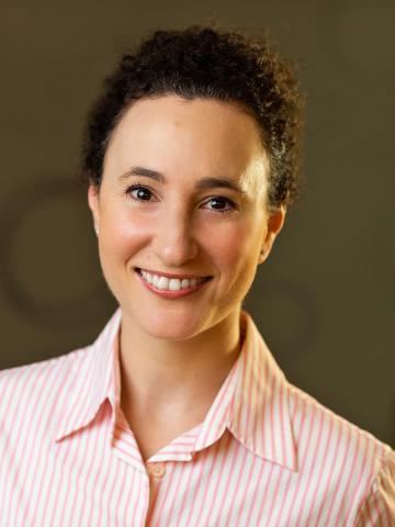 Dr Lindy Lowenstein